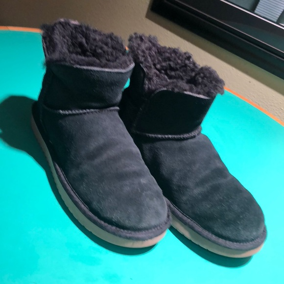 c3d6e69481d Kookaburra UGG Black Short Fleece Lined Boots sz 8